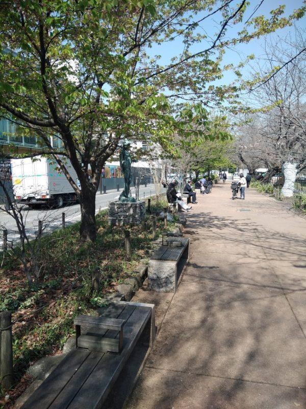 千鳥ヶ淵の遊歩道