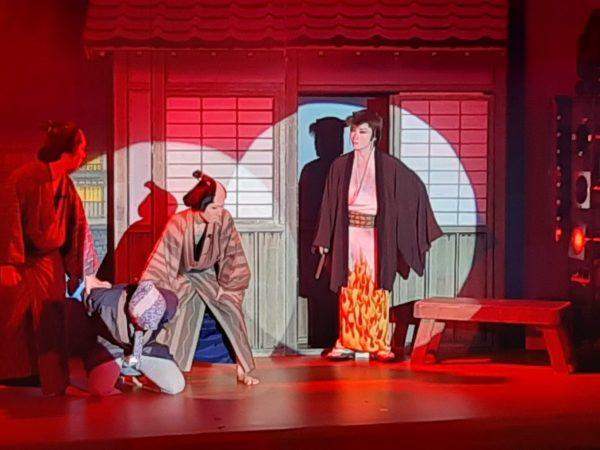 見海堂劇団の芝居