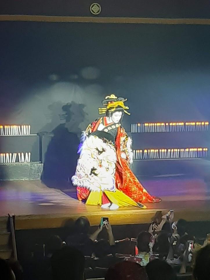 大衆演劇橘劇団舞踊ショー